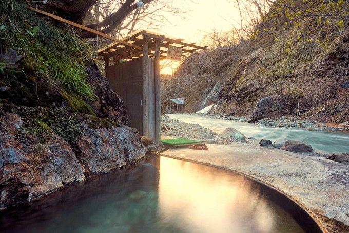 岩手・夏油温泉「元湯夏油」春〜秋限定の秘湯で癒しの湯めぐり