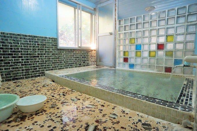 北海道の穴場は一泊二食付5千円!滝の湯温泉「寿苑」は心潤う癒し宿