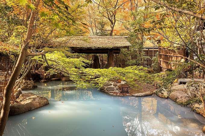 第1位:「里の湯 和らく」 極彩色の紅葉と泉質が絶品