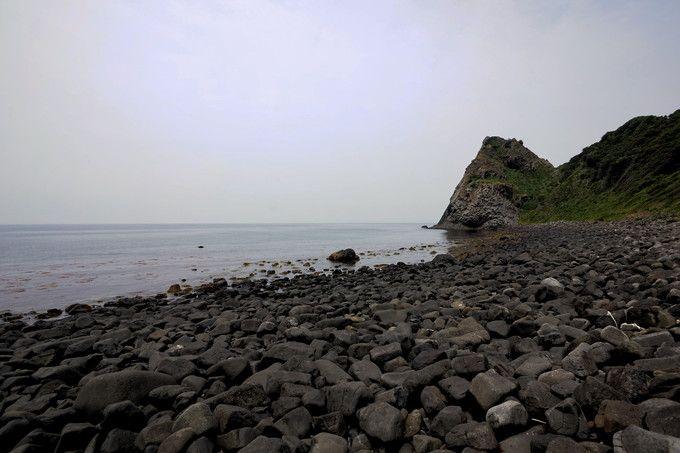 黒い玉石の海!黒磯海岸も行ってみよう