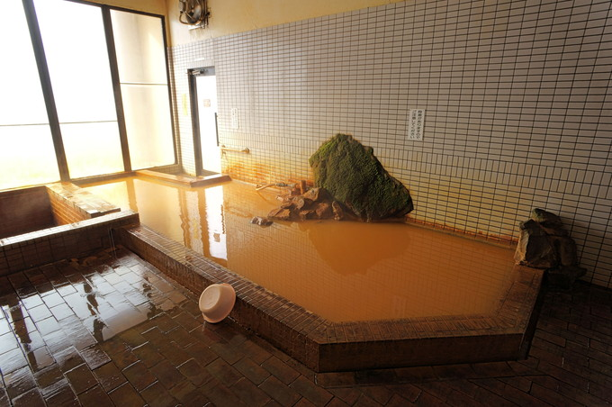 泉質抜群の美人湯!内風呂で名湯をじっくり楽しもう