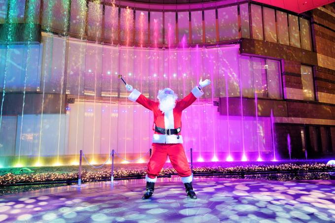 クリスマスパノラマは壮大なイルミネーションショー