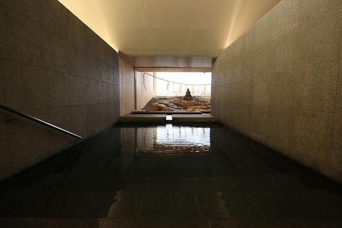 足元湧出温泉!まさに日本屈指の名湯