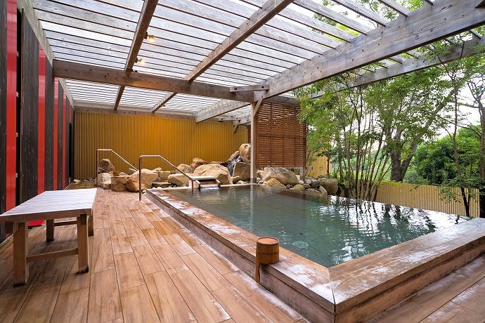 白浜の天然温泉を楽しめる3つの露天風呂