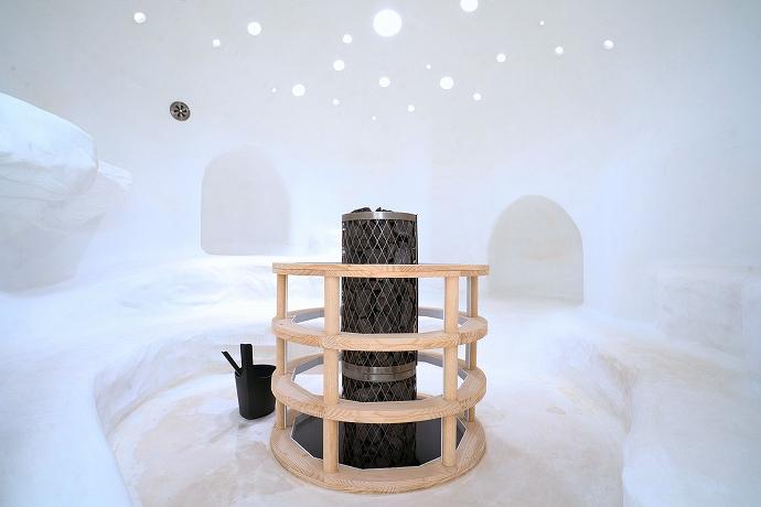 佐賀「チームラボ 廃墟と遺跡:淋汗茶の湯」はアートとサウナのコラボ