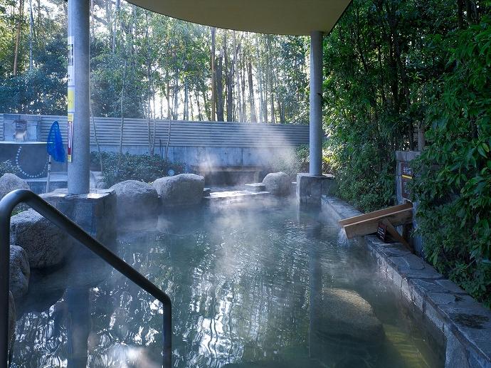 宿泊客は、何と「やまつばさ」で温泉入り放題!