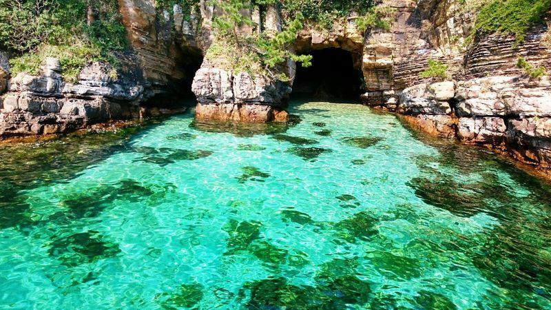 無人島「壱岐 辰の島」とエメラルド色の海へ冒険に出かけよう!
