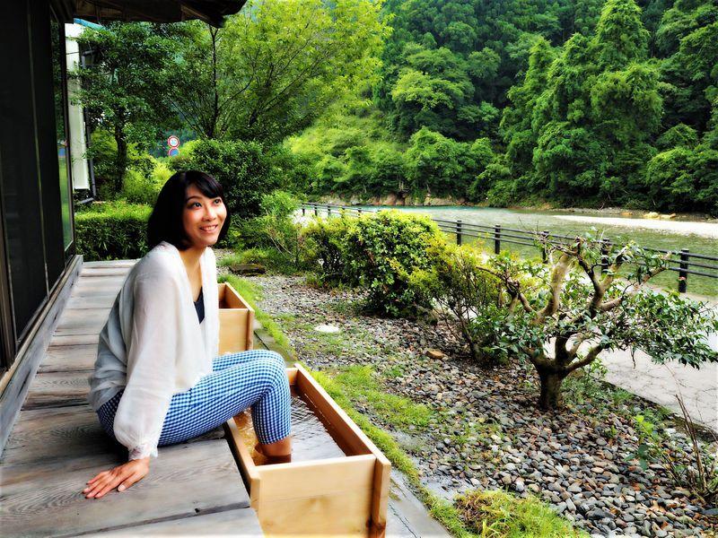 和歌山県「川湯温泉 亀屋旅館」は河原露天風呂が面白い!