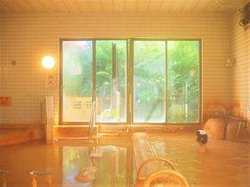 ひんやりしゅわわっ!和歌山「花山温泉 薬師の湯」冷炭酸泉で涼む