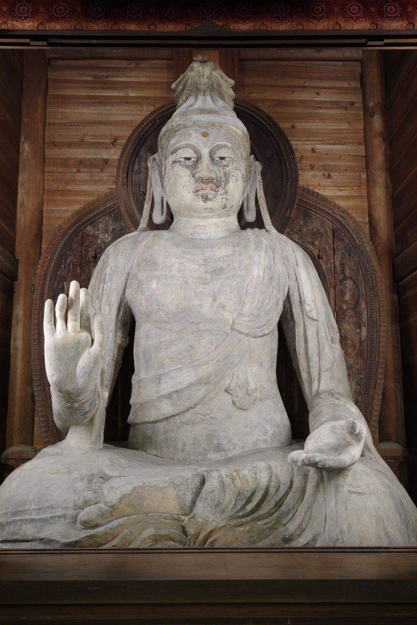 素朴で風格ある塑像「岡寺」の如意輪観音坐像
