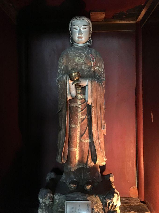 艶めかしい「聖徳太子立像」も必見!