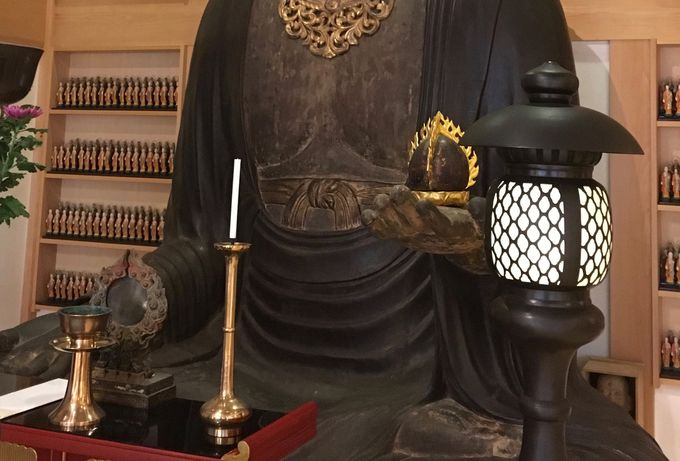 「腹帯地蔵」と呼ばれる大地蔵菩薩に安産祈願!