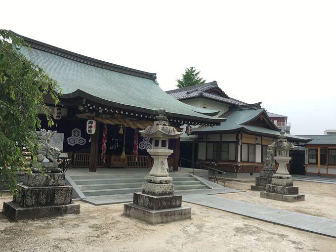 旧観音村の村社を起源に持つ観音神社