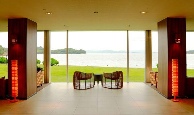 瀬戸内海の雄大な景色が見渡せる立地のホテル