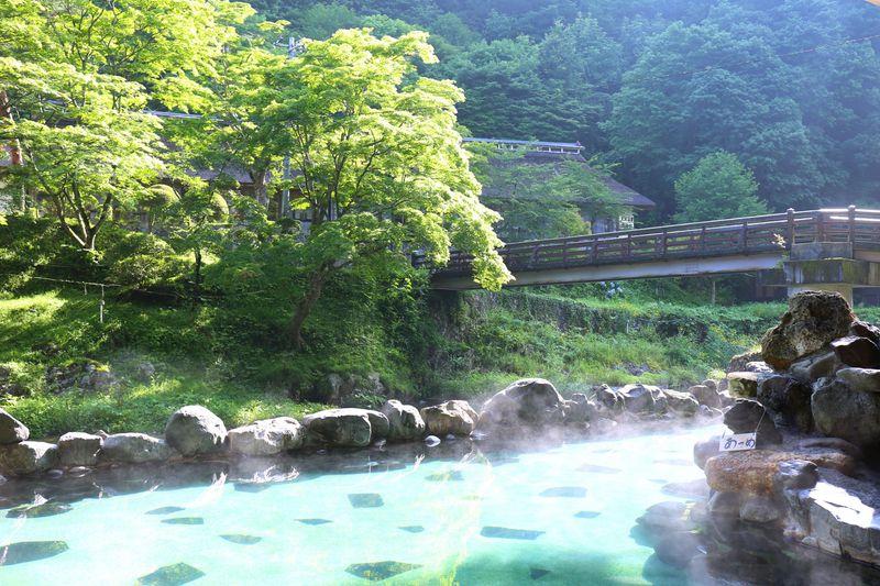 宮沢賢治も愛した昔ながらの湯治宿!花巻・大沢温泉「湯治屋」
