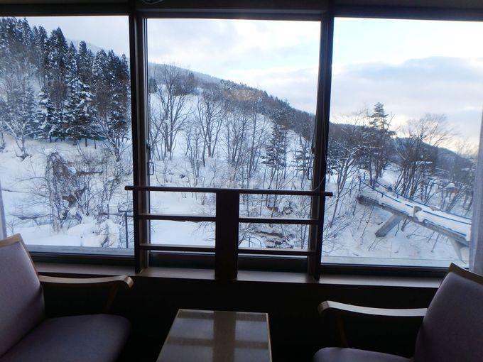 雪景色を眺められる客室