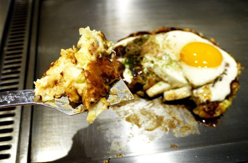 たこ焼き・お好み焼き…大阪の粉もん食い倒れ!一度は食べたいミナミの粉もんド定番店