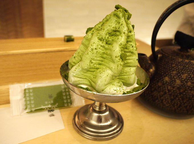 茶の菓入りのケーキソフトは絶対に食べてほしい一品!