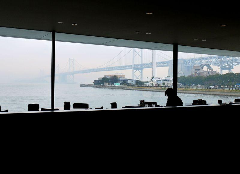 瀬戸大橋を望む絶景カフェ発見!瀬戸大橋記念公園もすぐの穴場スポット