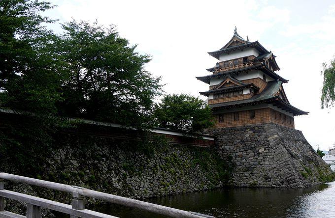 日本三大湖城・高島城へ足を運んでみよう