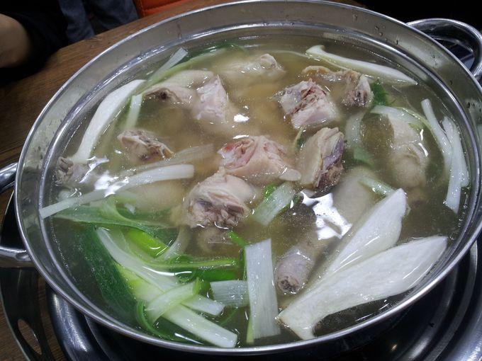 東大門まで行かなくても、絶品スープのタッカンマリ