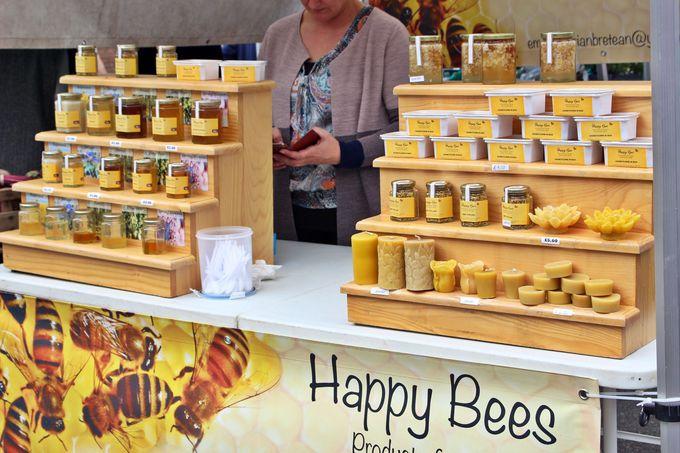 ハッピーな蜂の生はちみつはいかが?