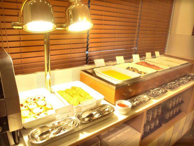 お楽しみの朝食は地産地消ビュッフェ