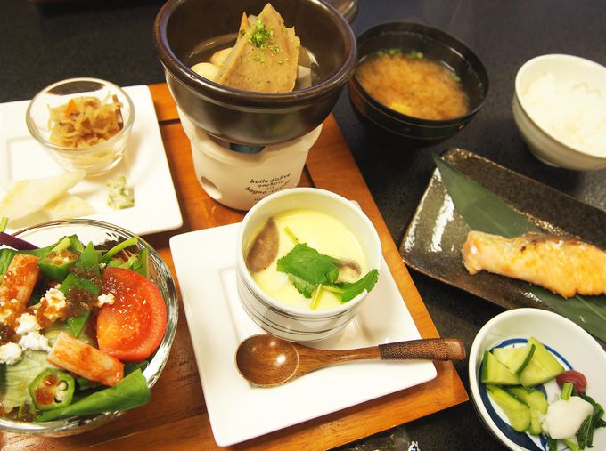 「湯の島館」の料理は静岡・梅ヶ島の名物満載!