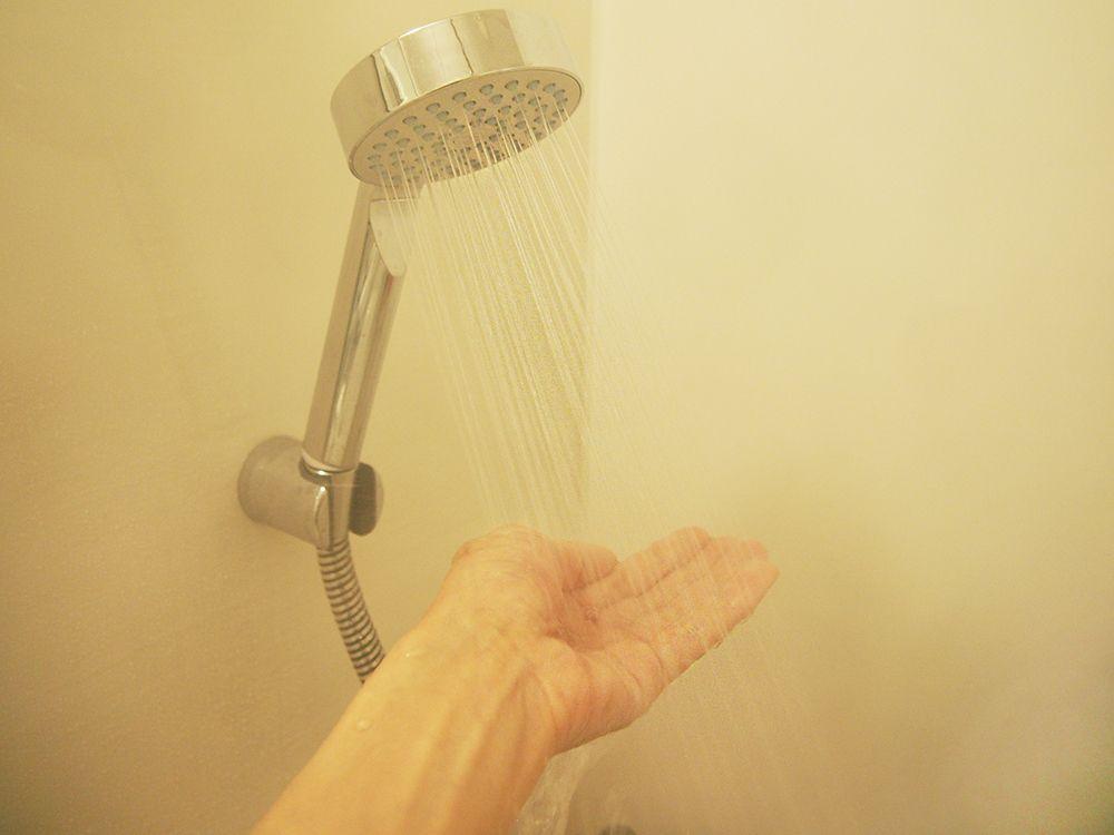 水で洗うだけで肌も髪もしっとり、まるでヘッドスパ!
