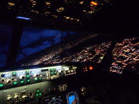 パイロット体験からグルメまで!「羽田エクセルホテル東急」は飛行機好きにオススメ