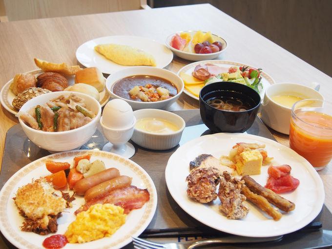 朝食ビュッフェもフライトビューで!