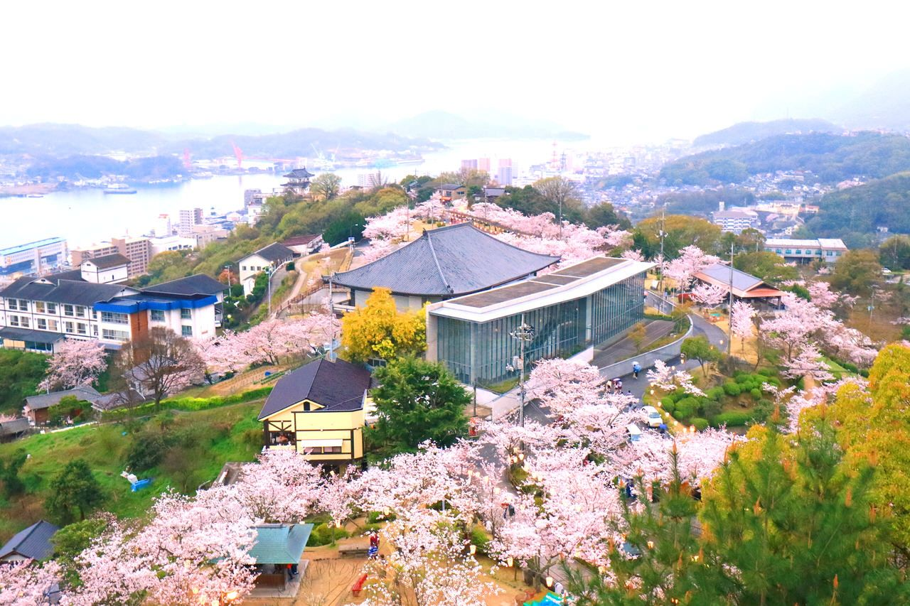 24.坂と海と社寺の町・尾道。絶景スポット「千光寺」