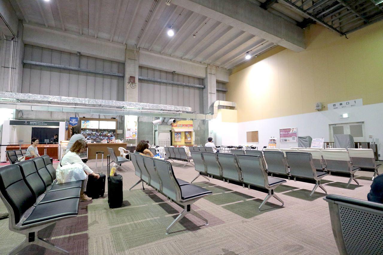 メインターミナルは意外とお土産物が豊富!