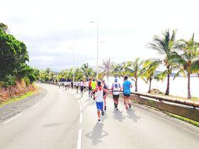 美しい海を眺めながら走る「ニューカレドニア国際マラソン」
