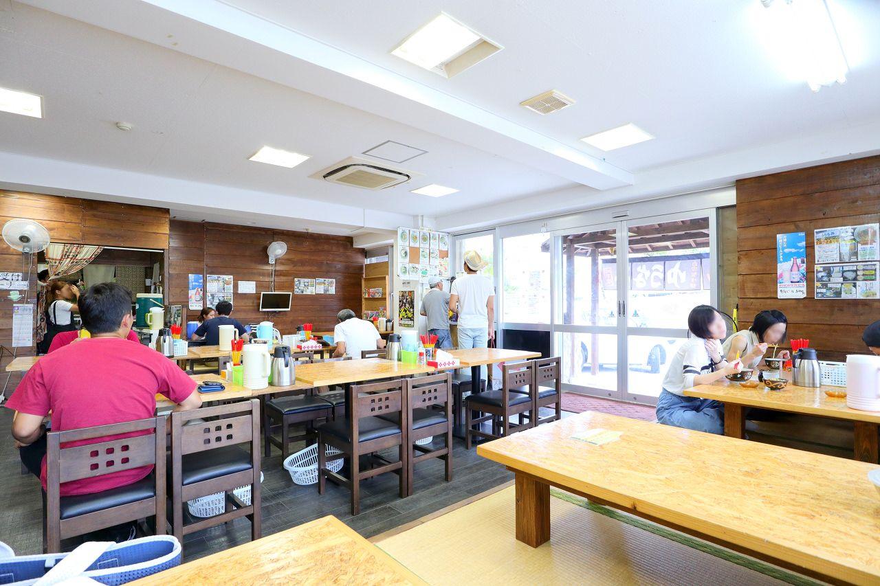2日目昼:絶品沖縄そばの店でランチ!