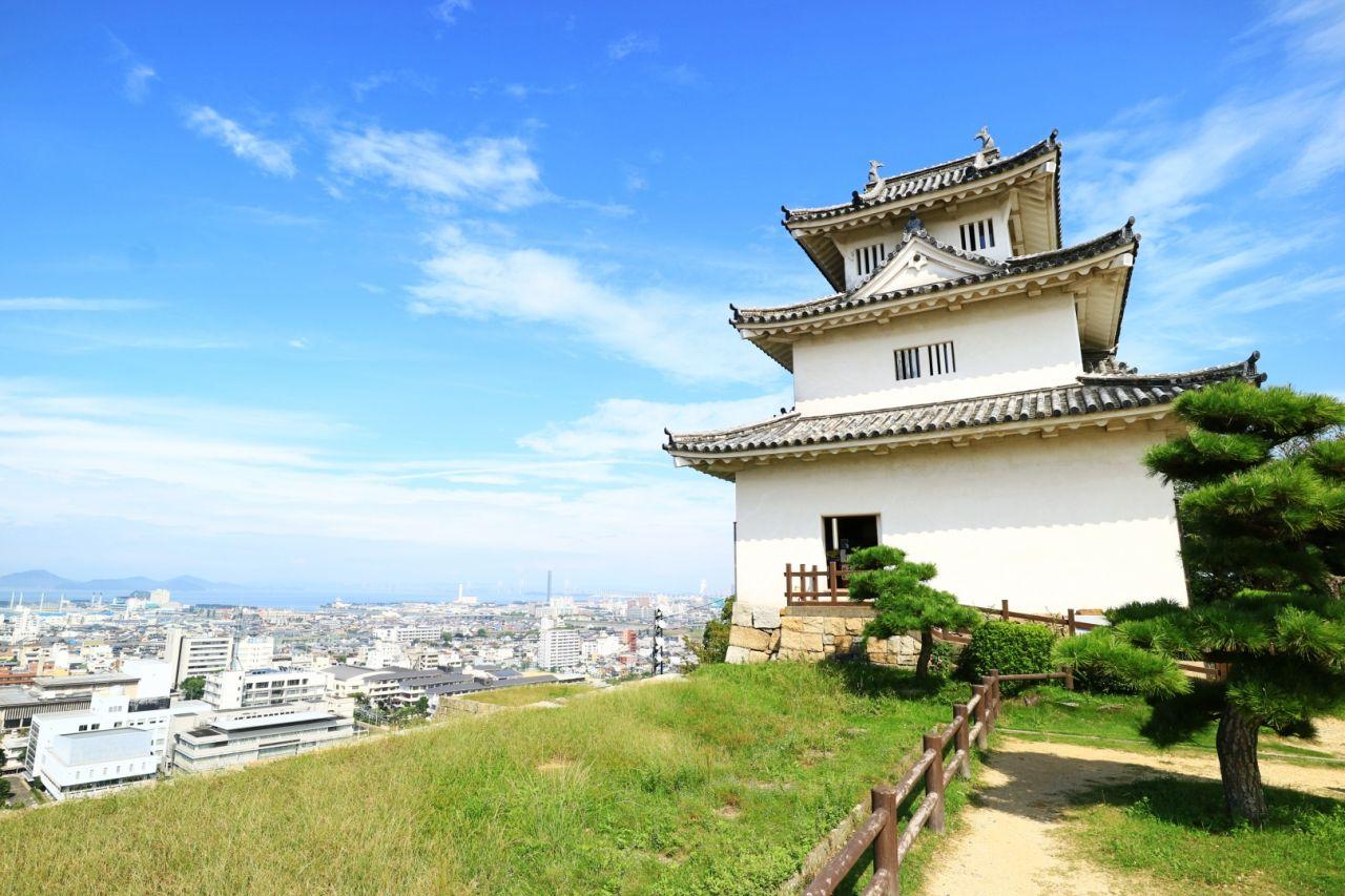 1日目午前:高台からの絶景と讃岐うどん!