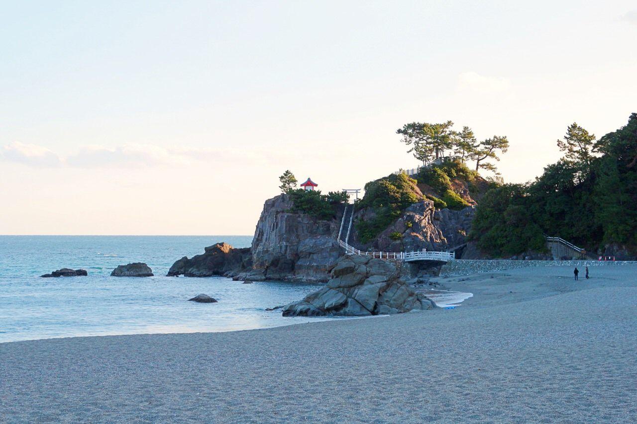 1日目午前:和を感じる桂浜&ギリシャ感満点ヴィラサントリーニ!