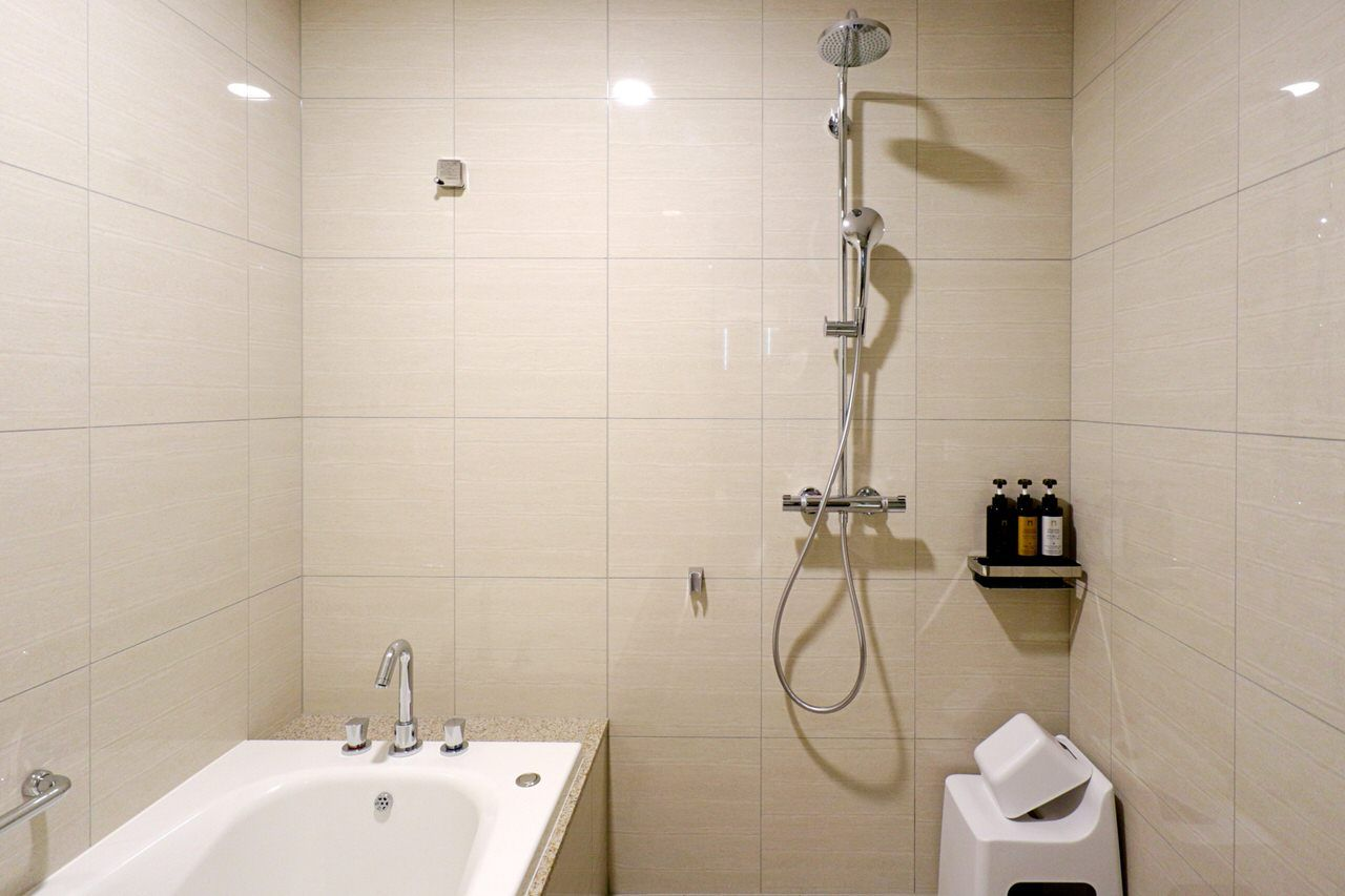バスルームも広々快適!
