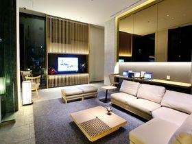 和を感じるシックなデザイン「ホテル京阪築地銀座グランデ」