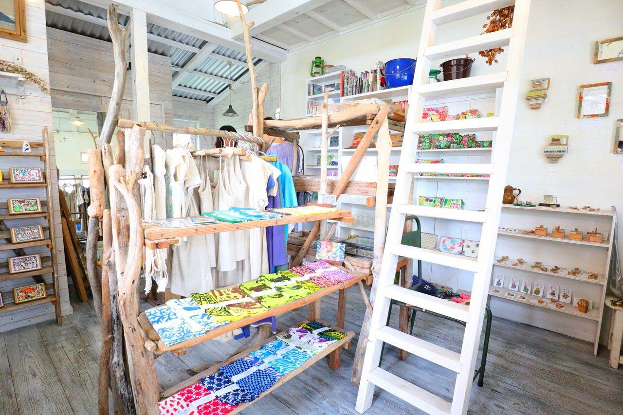 北欧風の可愛い雑貨屋「トゥイトゥリー」