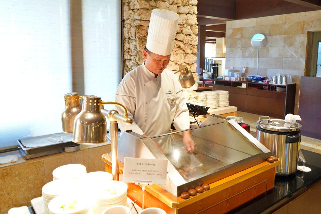 寿司・BBQ・洋食ブッフェなど、ディナーは6タイプ!