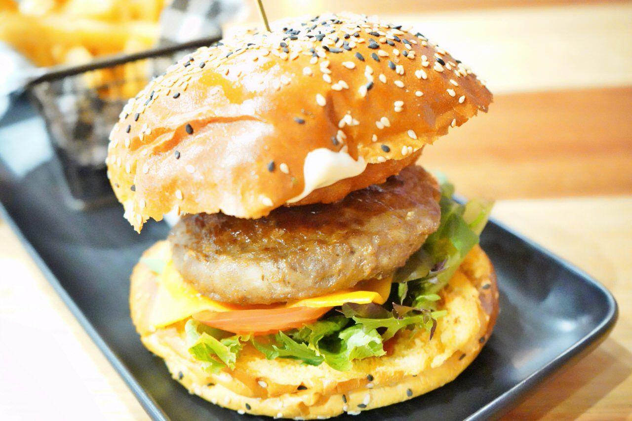 人気メニューはハンバーガー