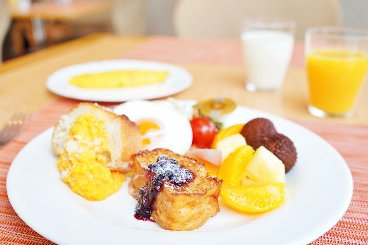 1階「セレース」で頂く朝食ブッフェ