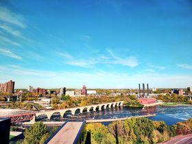 アーチ橋がまるで絵画!ミネアポリスのオススメ観光&散策スポット