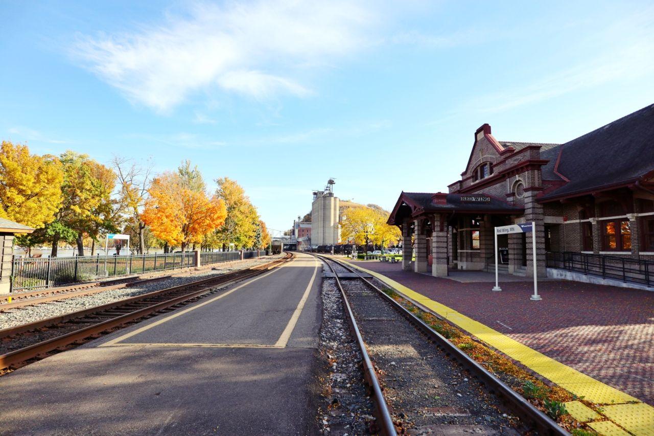 レッドウィング駅周辺も素敵な景色!