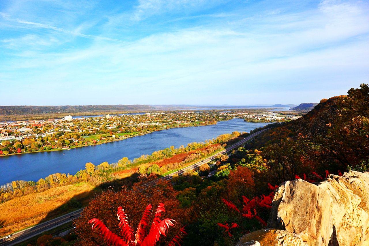 川と湖の景色を楽しめるウィノナ