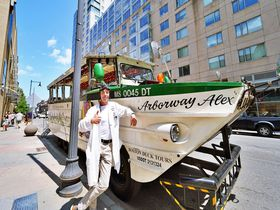 水陸両用!ボストン ダックツアーで中心街をラクラク観光