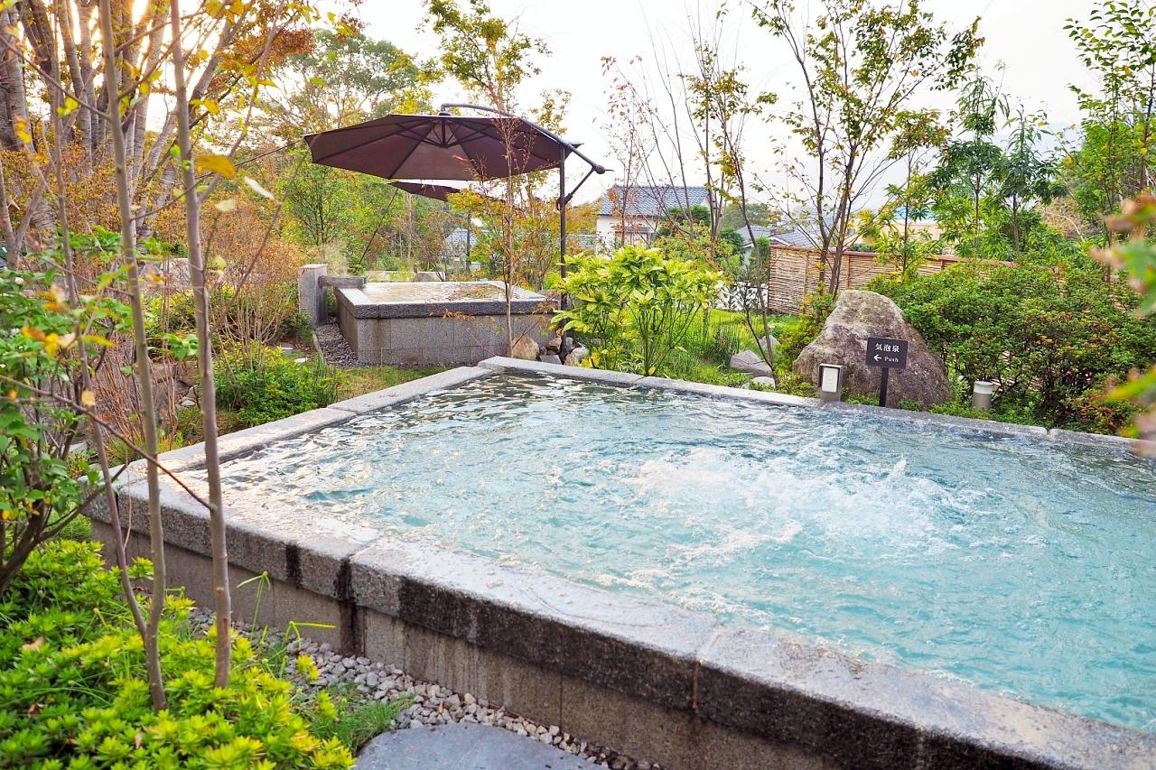 水着で混浴OK!注目の庭園風呂「空の湯」