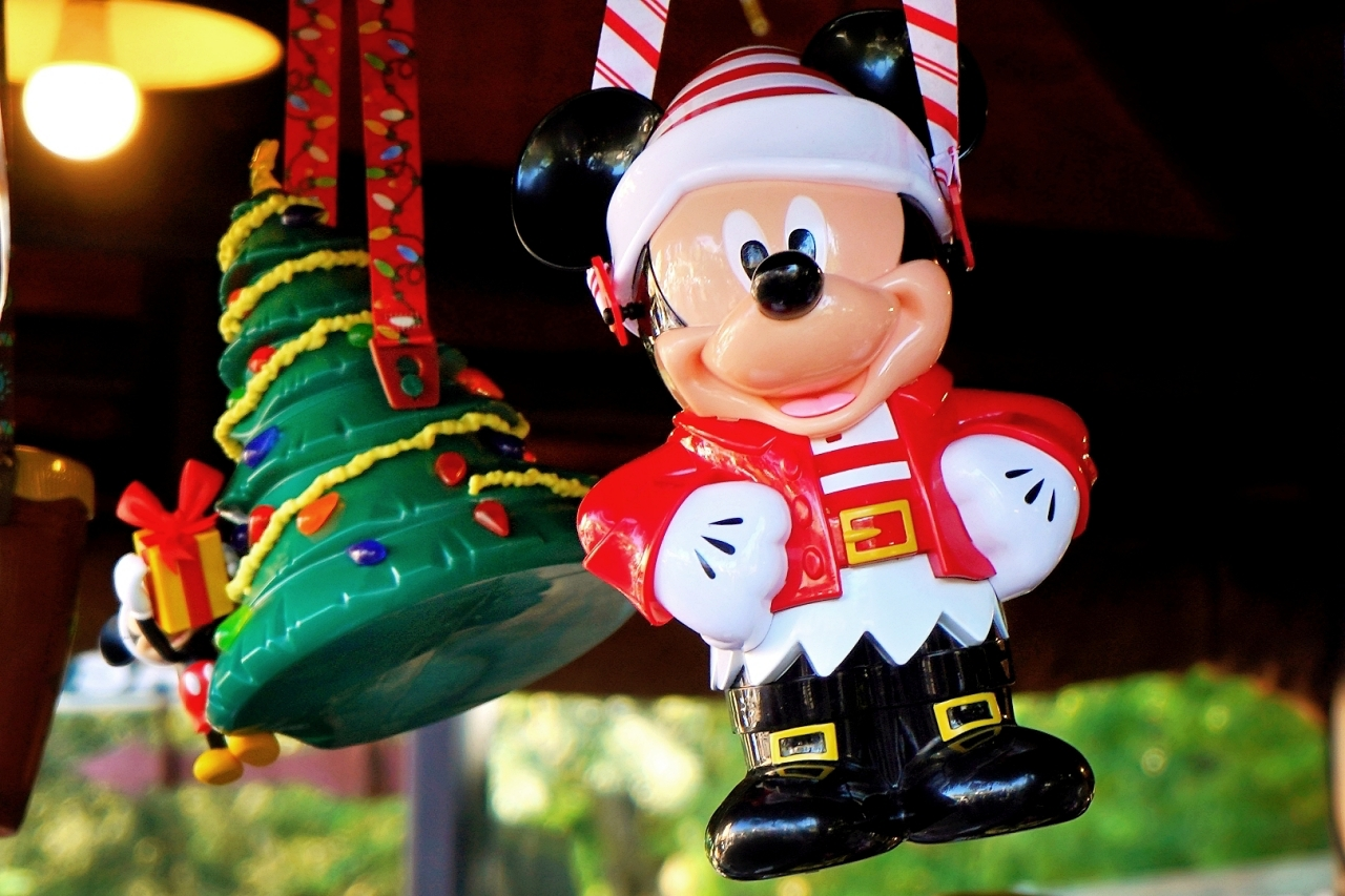 クリスマス限定スイーツも狙い目!