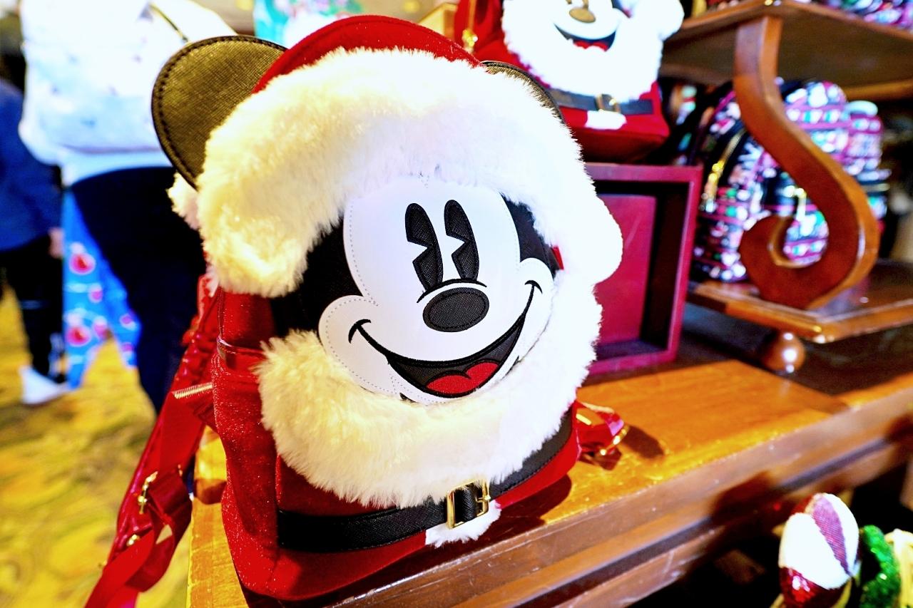 ミッキーのクリスマス限定グッズ!